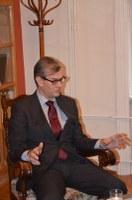 Finn nagykövet az északi püspöki hivatalban