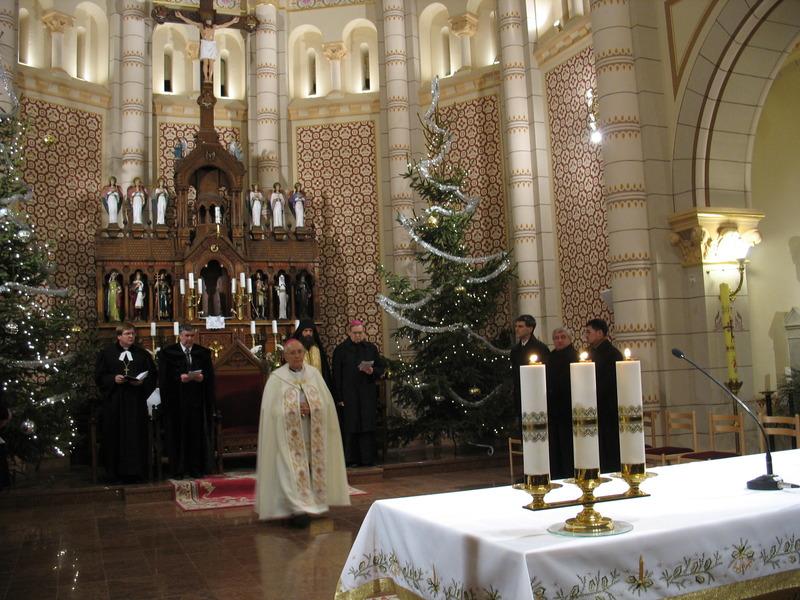 """""""Miről beszélgettek egymással útközben?"""" – Négy püspök szolgált az imahét második napján Nyíregyházán"""