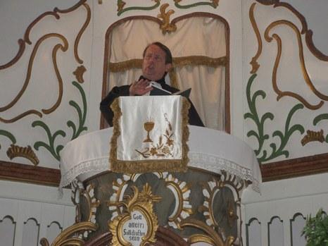 Gáncs Péter prédikál