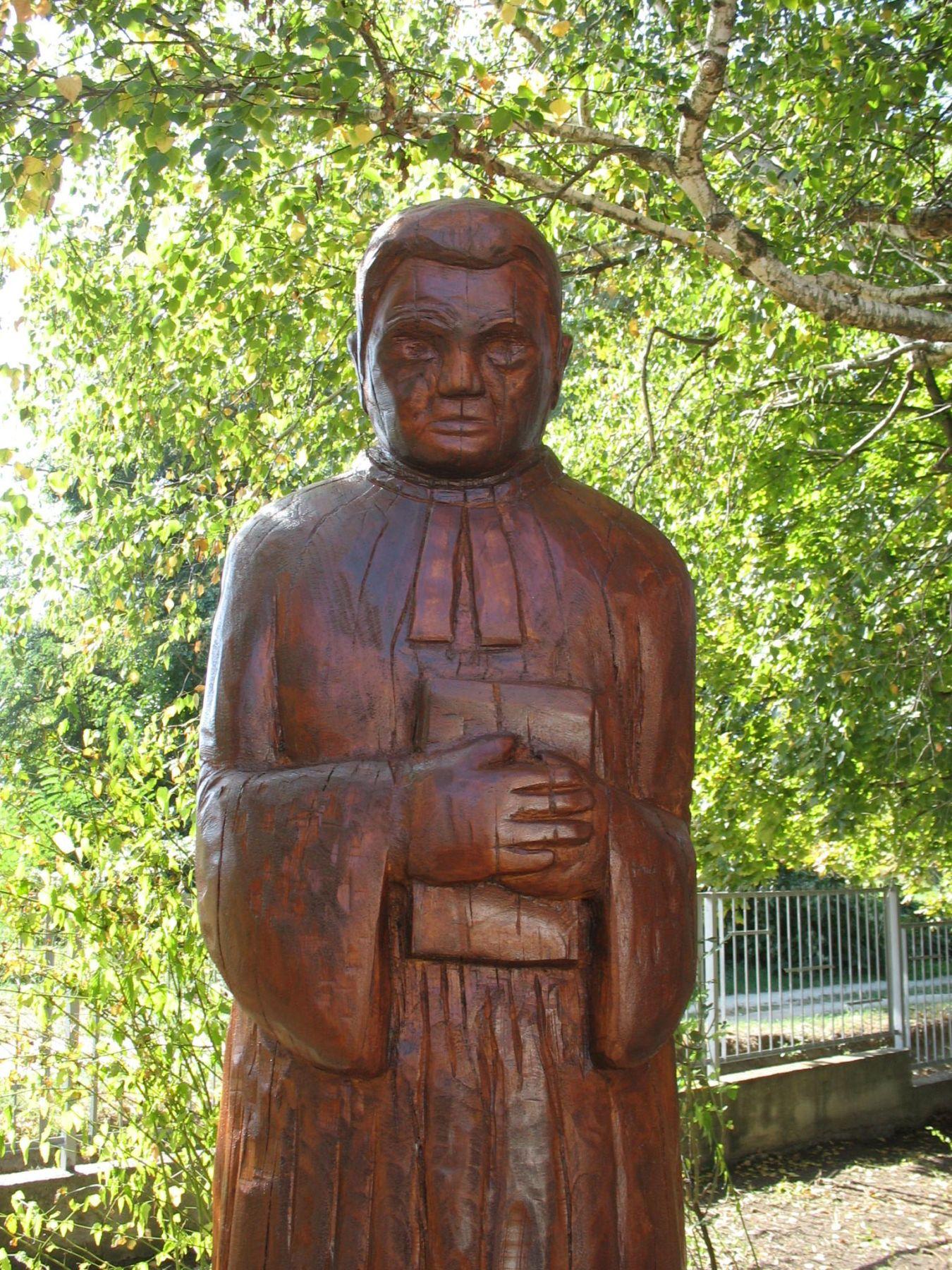Nagytarcsán is szobrot avattak Sztehlo Gábor tiszteletére