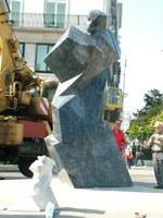 Sztehlo szobor – Képriport a Deák téri felállításról