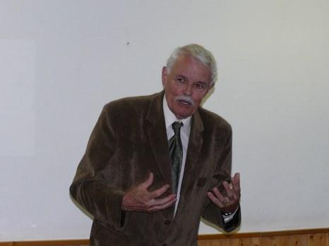 Dr. Andrásfalvy Bertalan