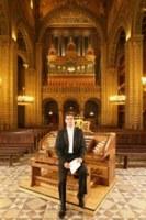 Szamosi Szabolcs pécsi orgonaművész Bulgáriában koncertezik