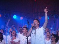 Újra Magyarországon koncertezik a Shirchadasj