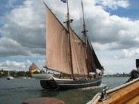 """A """"Kenyeret a világnak"""" segélyakció 50 éves – Hajózással ünnepelnek"""