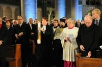 A német egyházak az esseni dómban rendezett ökumenikus istentisztelettel nyitották meg a Kulturális Főváros rendezvényévet