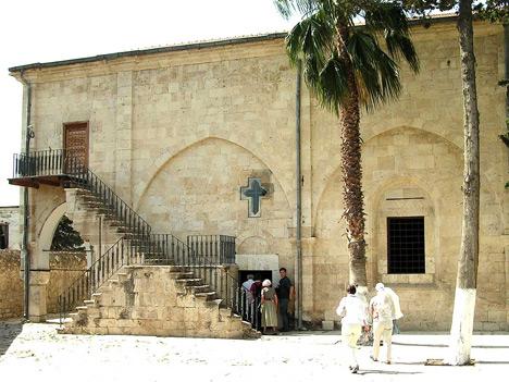 A tarsusi Pál templom továbbra is zarándokhely marad