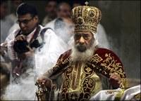 Az elváltak újraházasodásának elfogadására akarja kötelezni Egyiptom a kopt ortodox egyházat
