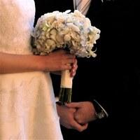 Az olaszoknál sikk lett neten venni használt esküvői ruhát