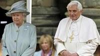 Brit botrány: Segélypénzekből fizették XVI. Benedek útját