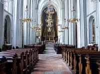 Csökken a katolikusok száma Ausztriában