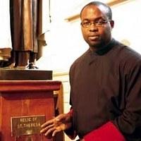 Ellopták Lisieux-i Szent Teréz ereklyéjét egy torontói templomból