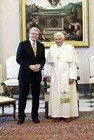 Elnökökkel találkozott a pápa
