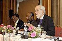 Hanson püspök: Miről teszünk tanúságot?