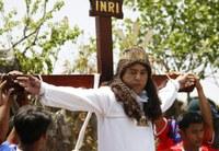 Idén is keresztre feszítéseket tartottak a Fülöp-szigeteken