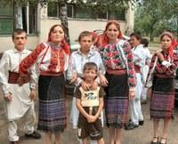 Magyar misét mutattak be húsvétkor a csángóföldi Pusztinán