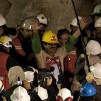 Templomi esküvőre készül öt megmenekült chilei bányász