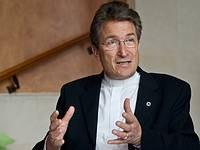 """Wolfgang Huber: """"Az evangéliumi keresztényeket ne emlegessük egy lapon a fundamentalistákkal!"""""""