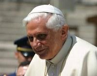 XVI. Benedek személyes bűnök bocsánatáért imádkozott a Vatikánban vasárnap