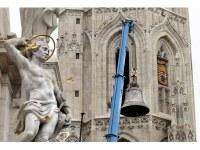 Beemelték a Mátyás-templom harangjait