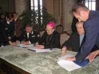 Megállapodást írtak alá a veszprémi piarista templom használatáról