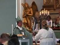 Egyháztörténelem élőben – Helyszíni tudósítás a helsinki püspökasszony felszenteléséről